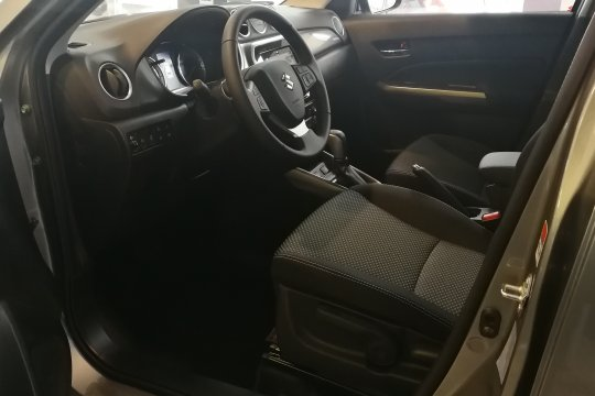 Suzuki Vitara 1.4 140KM 4WD 6AT Premium / MM Cars Zabrze 8