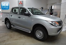 2.4 4WD Double CAB