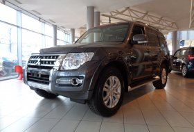 Mitsubishi Pajero Wagon 5D 3.2 DID 5AT INSTYLE