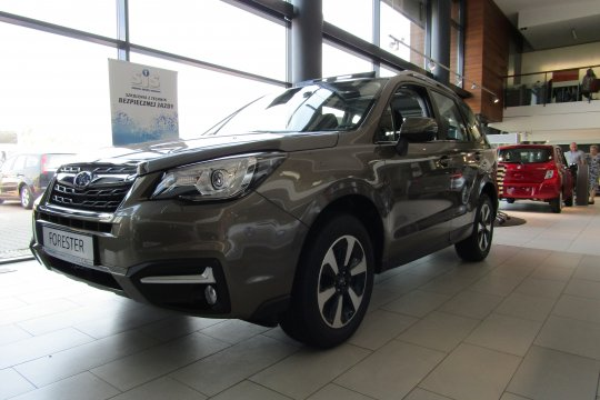 Subaru Forester 2.0 150 KM 2018 benzyna exclusive (m4y) 1
