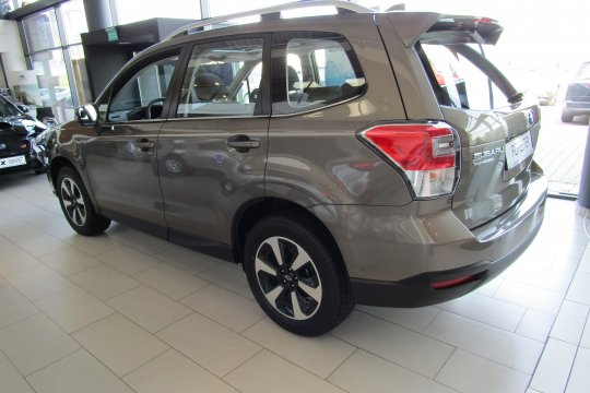 Subaru Forester 2.0 150 KM 2018 benzyna exclusive (m4y) 2