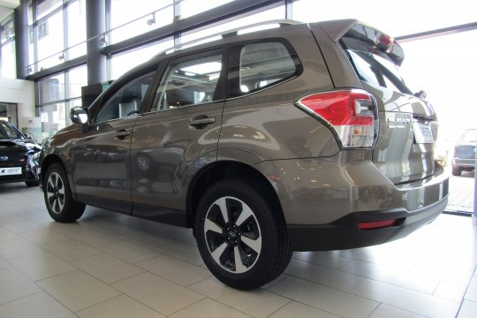 Subaru Forester 2.0 150 KM 2018 benzyna exclusive (m4y) 3