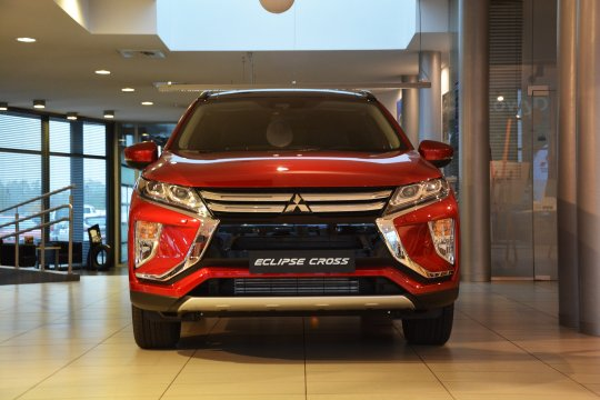 Eclipce Cross 1.5T 8CVT 4WD Instyle 1