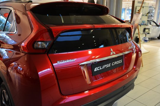 Eclipce Cross 1.5T 8CVT 4WD Instyle 2