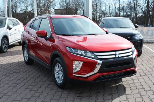 Eclipse Cross 1.5T 2WD 6MT 163KM Inform 1