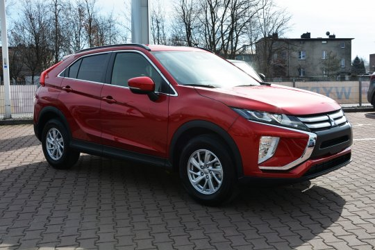 Eclipse Cross 1.5T 2WD 6MT 163KM Inform 2
