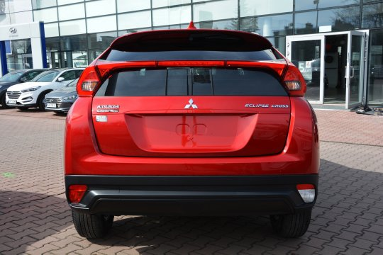 Eclipse Cross 1.5T 2WD 6MT 163KM Inform 3