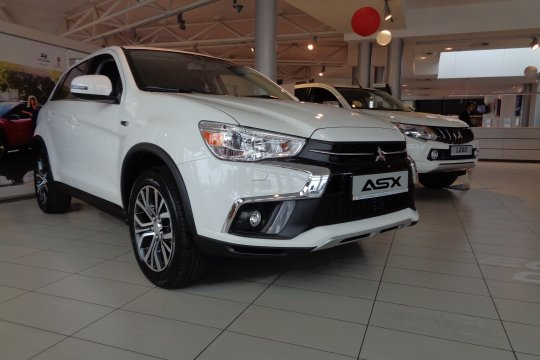 ASX MY18 1.6 Intense Plus Navi 1