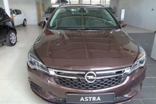 OPEL ASTRA ST 1.4 TURBO 150KM AT6 5
