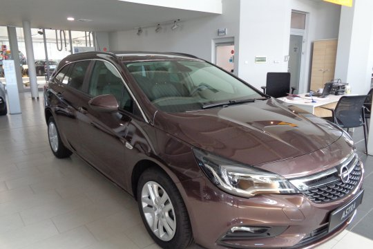 OPEL ASTRA ST 1.4 TURBO 150KM AT6 6